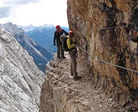 Klettersteig F : Monte bondone klettersteig giulio segata sommer aktivitäten