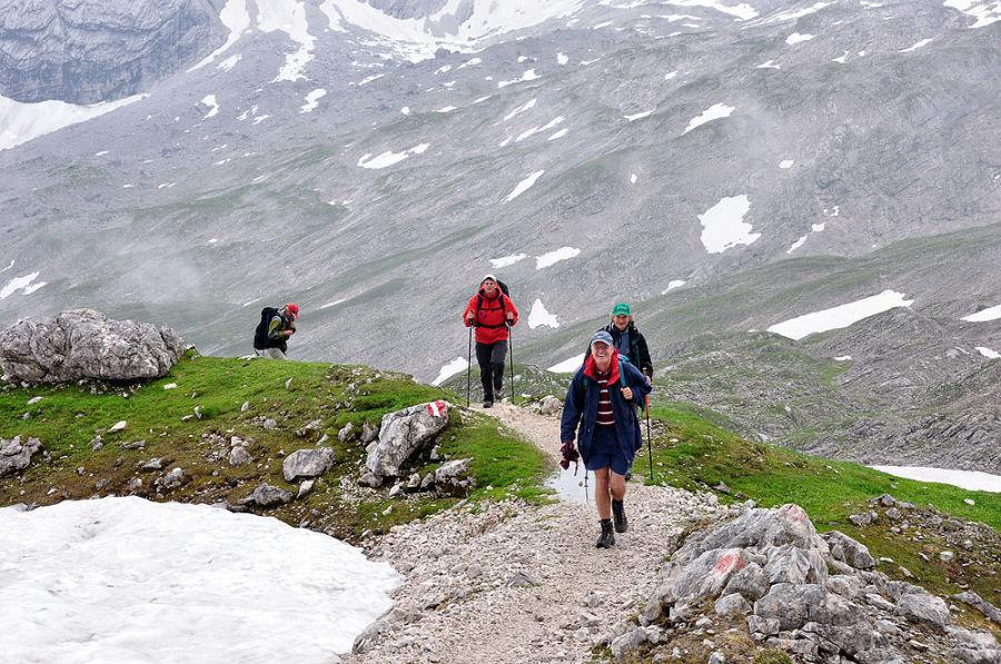 Kletterausrüstung Verleih Zugspitze : Knorrhütte zugspitze reintal alpenverein münchen oberland